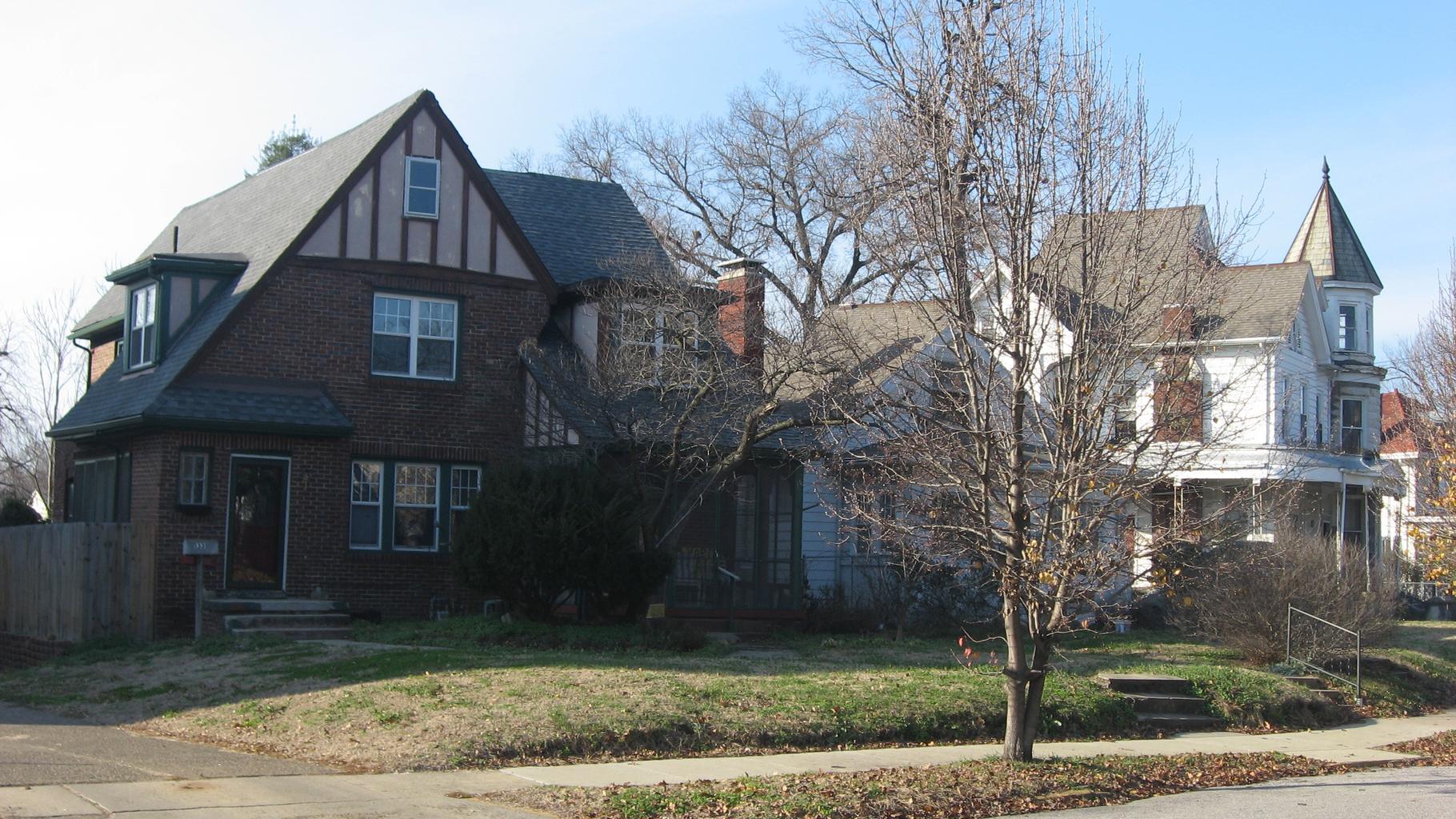 domy, strom