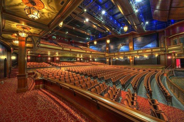 divadlo hlediště