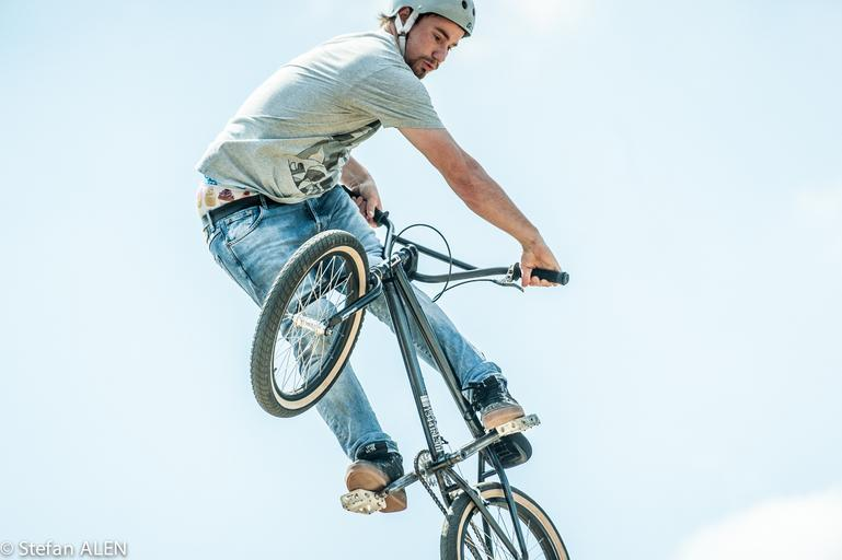 BMX, skok.jpg
