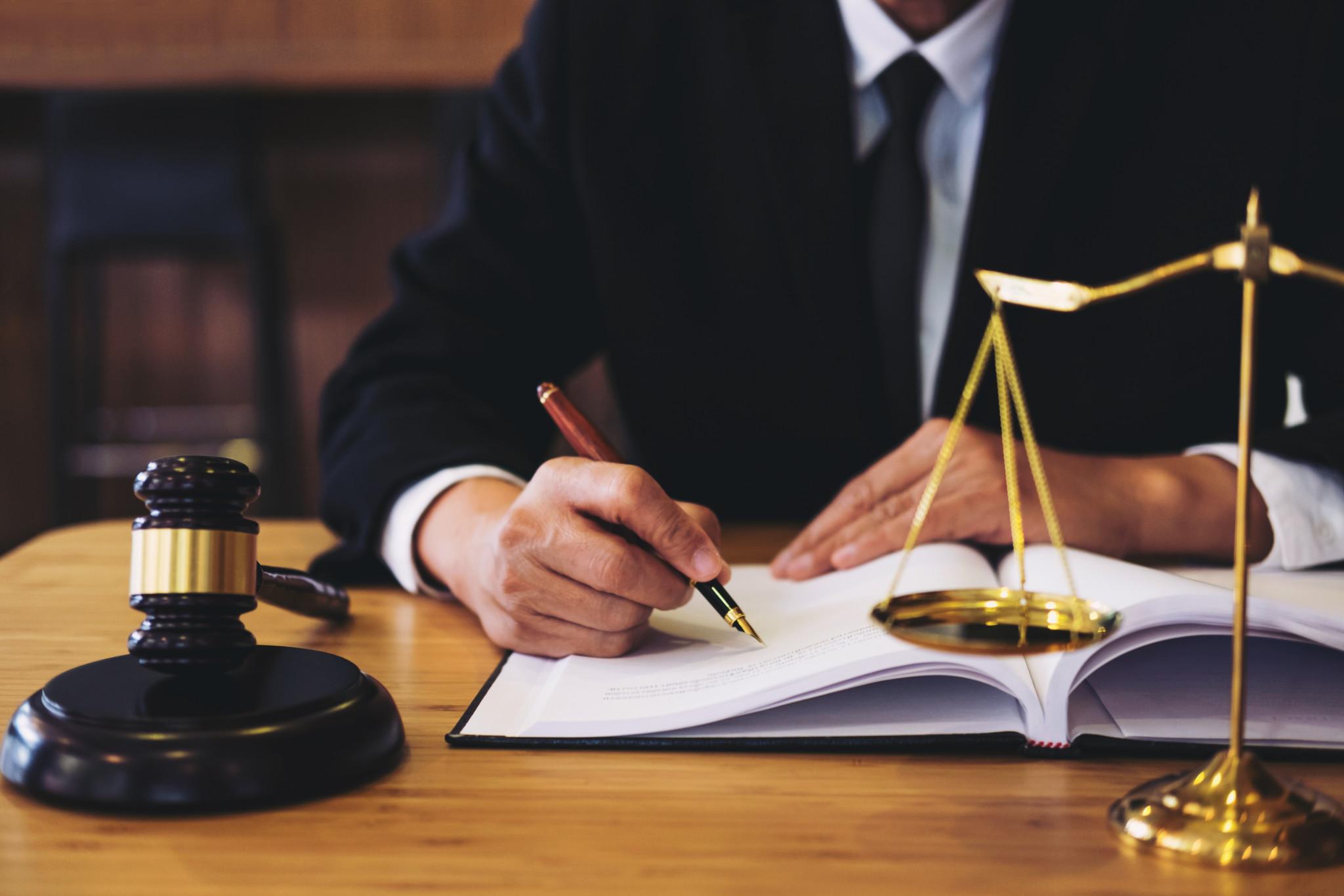 Hľadáte vhodnú právnu spoločnosť?